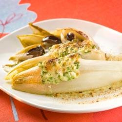 Endives braisées et escargots au gratin de cantal doux