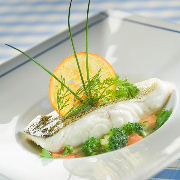 Pièce de cabillaud en nage de légumes, thym citron | Julien Chaput