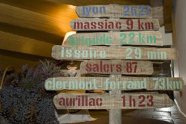 Dominque-Dubray-panneauxbougnate
