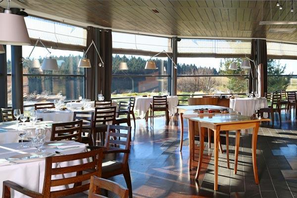 Salle-Restaurant-Regis-et-Jacques-Marcon