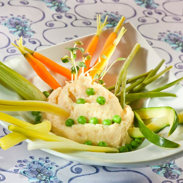 Crémé de panais, hérisson de petits légumes | Valérie Saignie