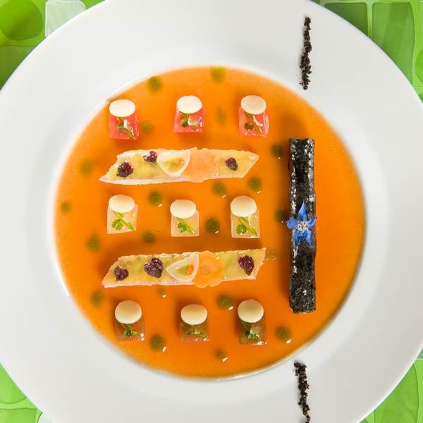 Filet de rouget barbet saisi minute, glace de son escabeche | Philippe Brun