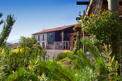 Exterieur-Hotel-Restaurant-La-Tour