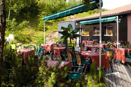 Hotel-Restaurant-La-Tour-Exterieur