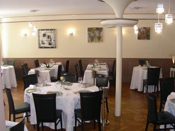 Salle-Hotel-de-la-Poste-Nourredine-Bouateria