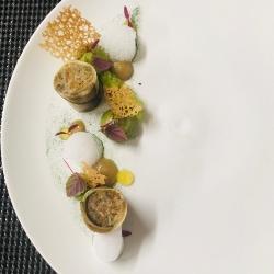 Maki de tourteau, Aubergine / Avocat / Kiwi / Raifort